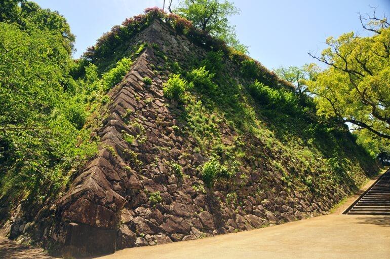 延岡城、千殺し、石垣