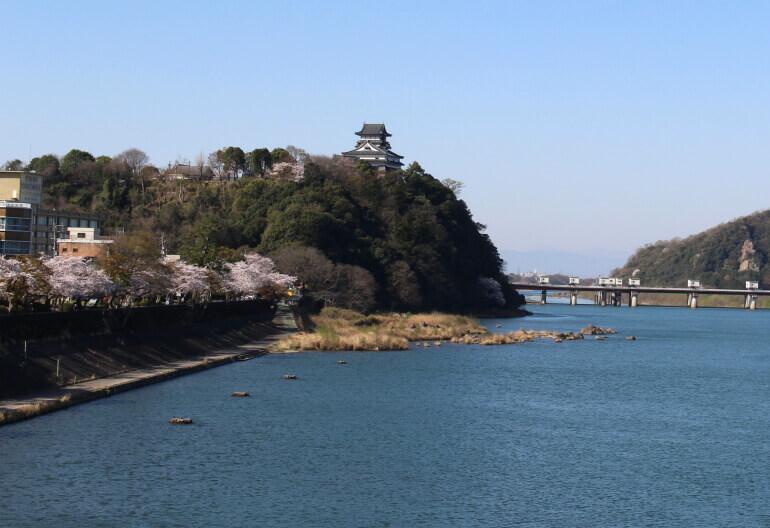 犬山橋、犬山城