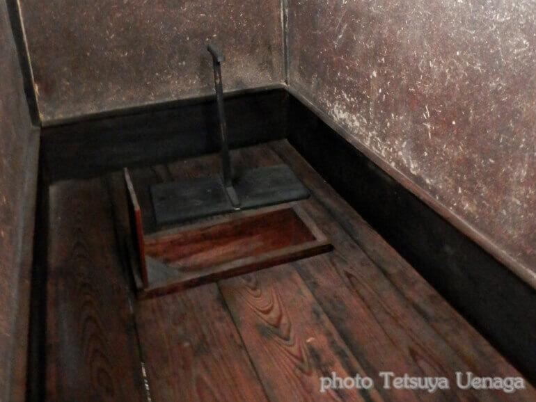 旧滝本本陣、厠、トイレ