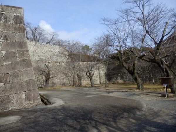 津山城、冠木門跡、桝形、石垣、櫓
