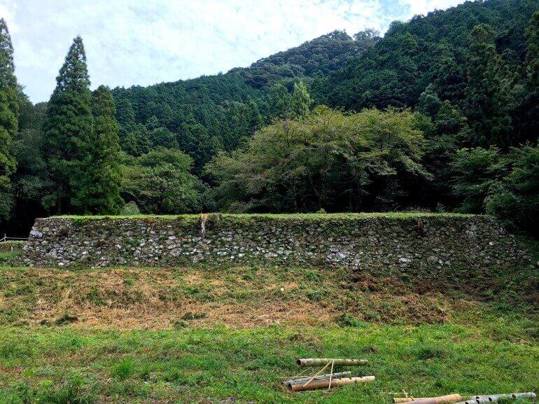 美濃金山城、山麓、石垣、伝米蔵跡、三の丸の水の手虎口、登城口