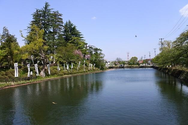 米沢城、本丸、内堀、土塁