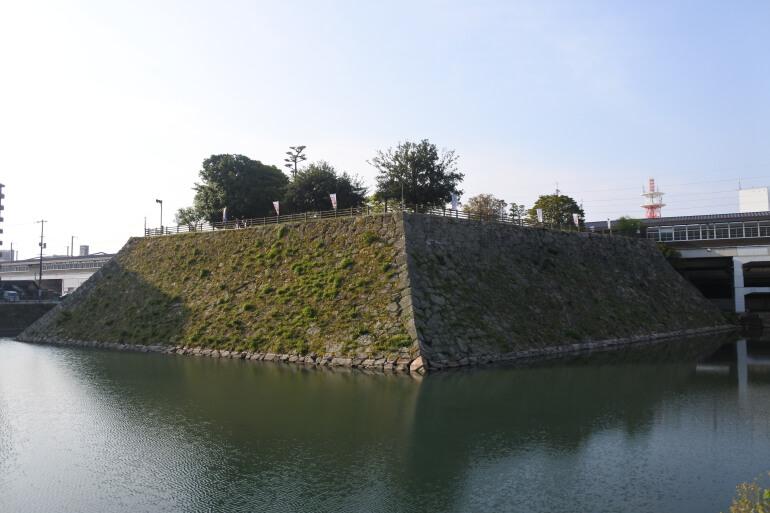 三原城、天守台、隅櫓