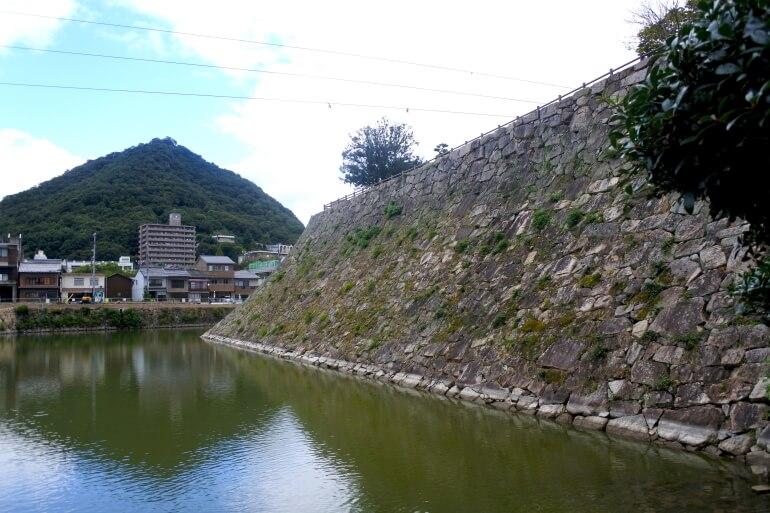 三原城、天守台、桜山城、遺構