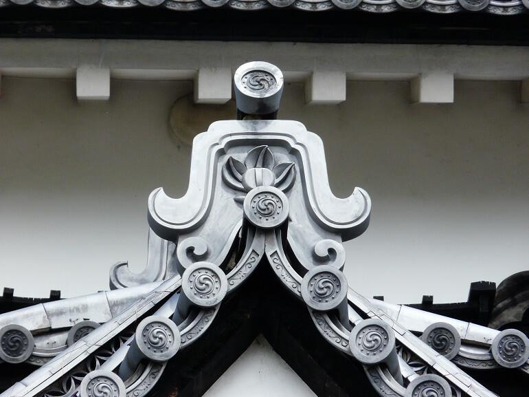彦根城、鬼瓦、井伊家、家紋、橘