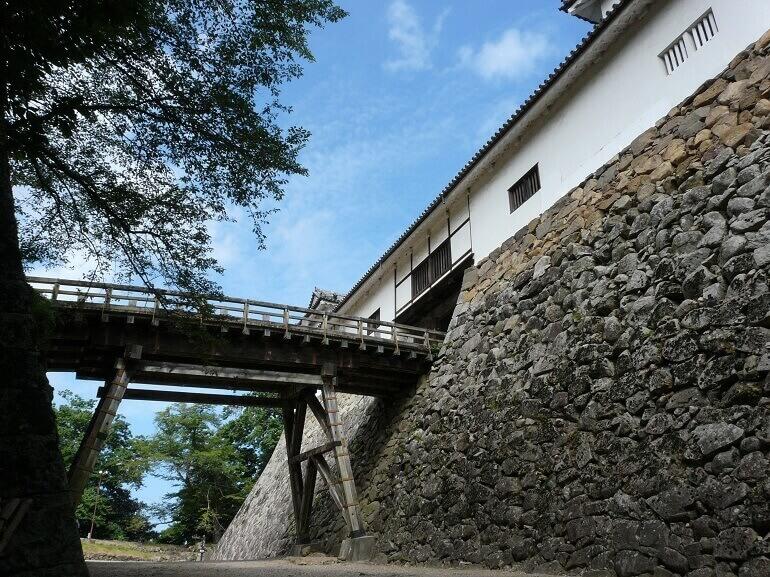 彦根城、天秤櫓、廊下橋
