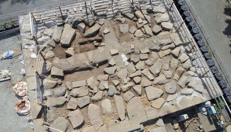 弘前城、天守台、石垣、石材、玉砂利