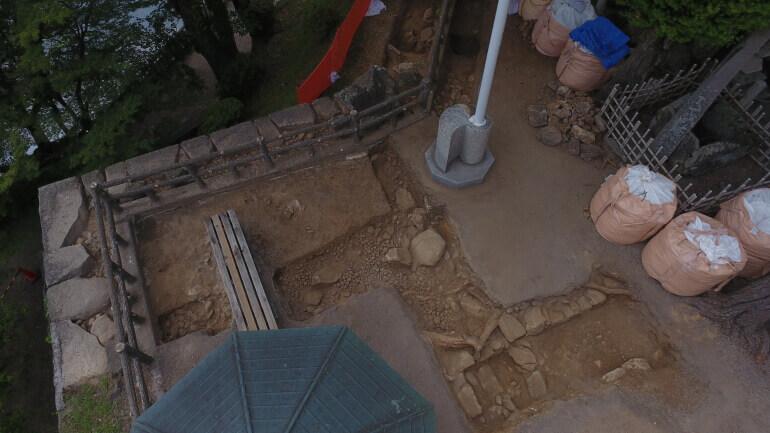 岡崎城、月見櫓、発掘