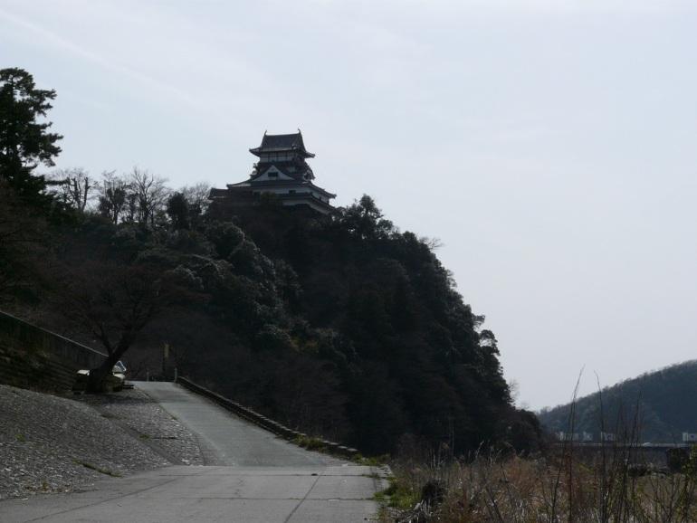 木曽川、犬山城