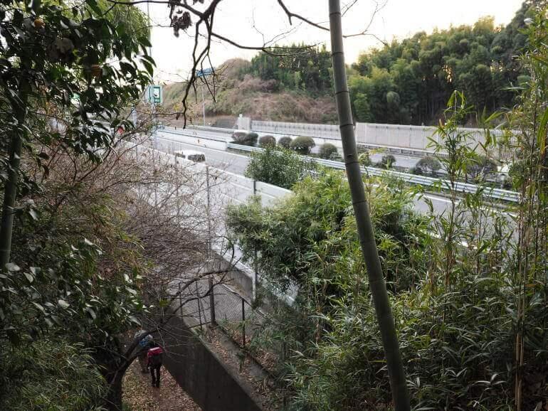 小机城、第三京浜道路