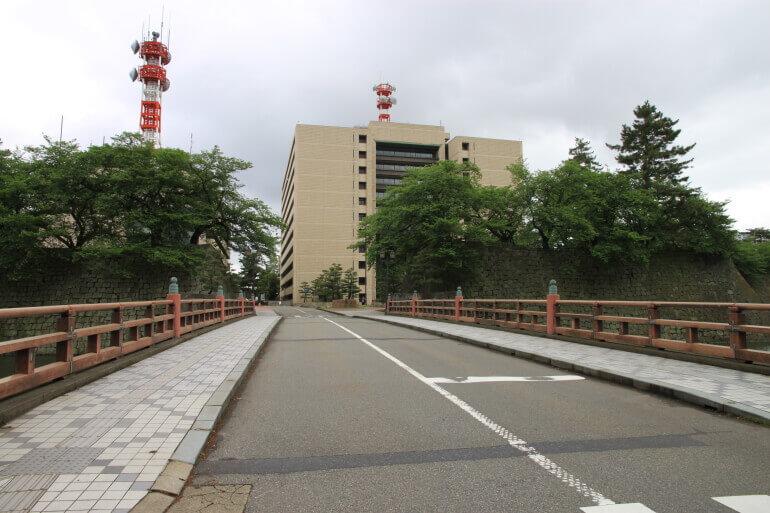 福井城、本丸跡、福井県庁