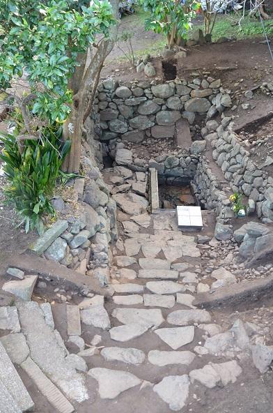 名護屋城、太閣井戸跡、石垣