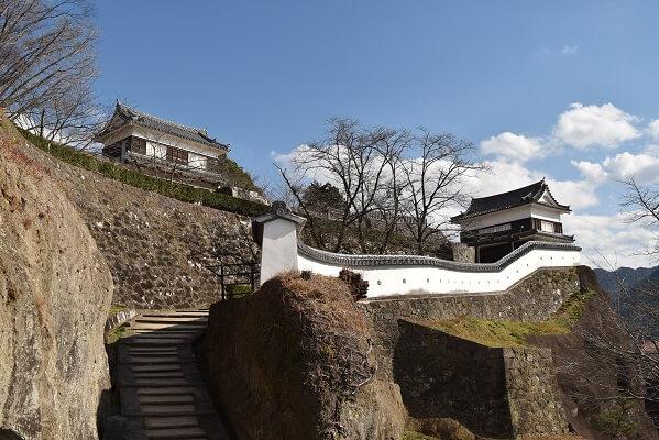 臼杵城、石橋、鐙坂