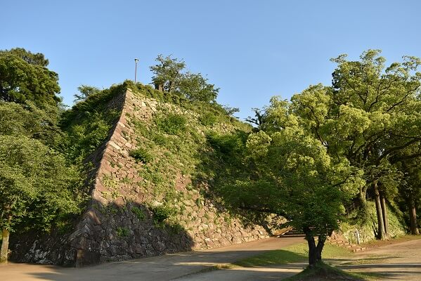 延岡城、千人殺しの石垣