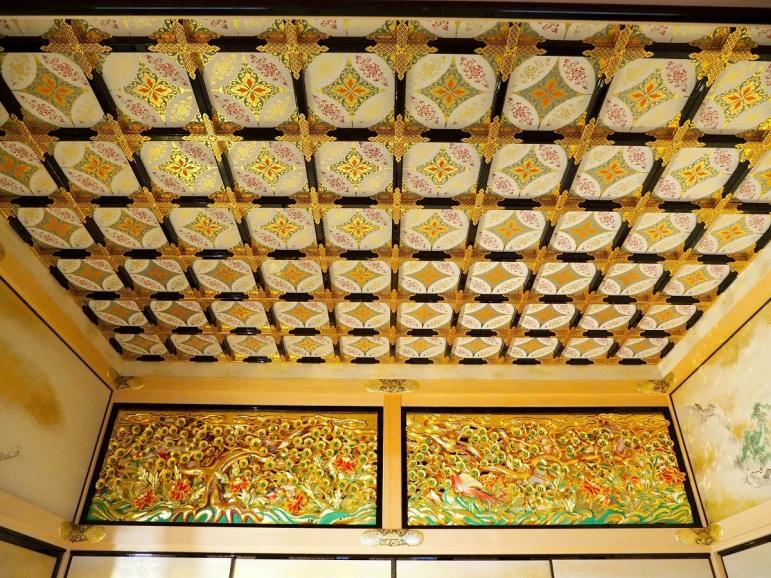 上洛殿二之間、名古屋城、黒漆塗金具付格天井