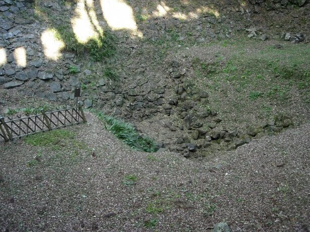 石垣山城、水の手曲輪