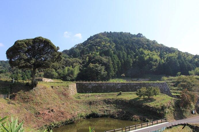 山中御殿、月山富田城、遺構