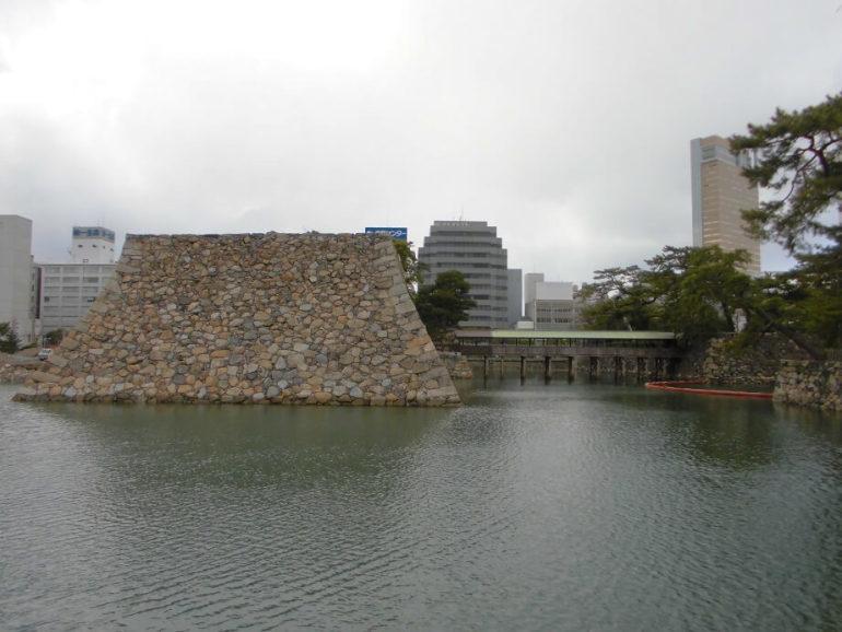 高松城、天守台、玉藻公園
