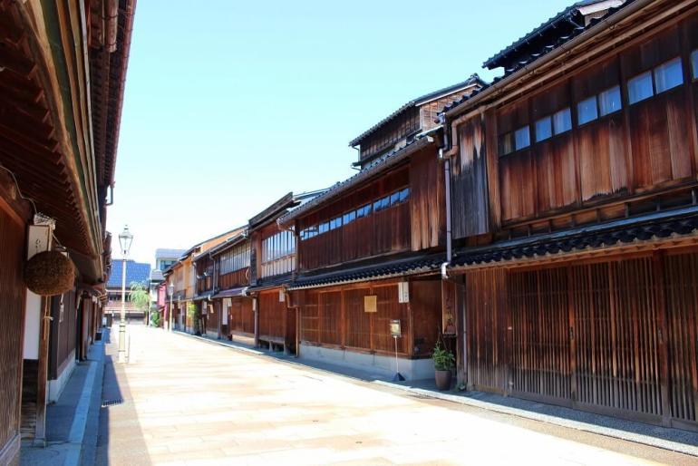 金沢城、城下町、ひがし茶屋街