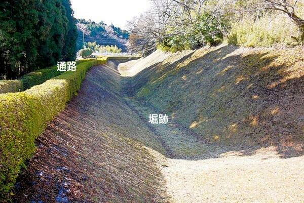 山中城、大手口、通路、堀跡