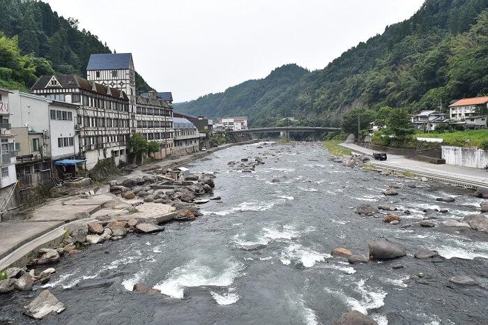 天ヶ瀬駅、玖珠川、天ヶ瀬温泉