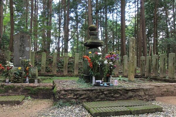 大谷吉継、墓所
