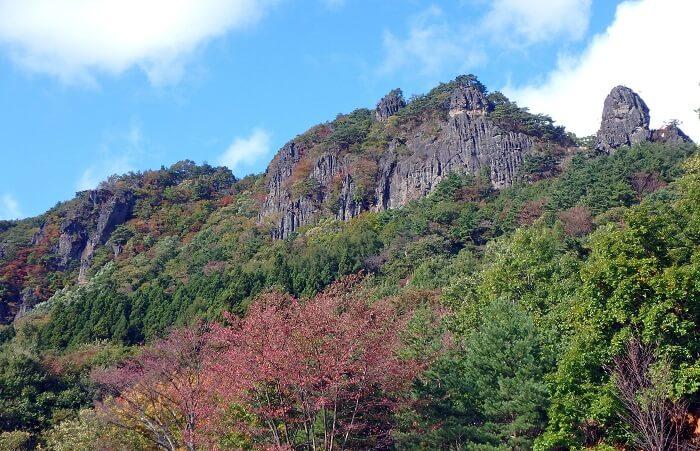 霊山城、福島県、崖地形