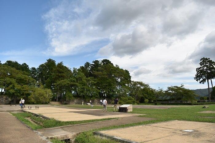 市の山城、大書院、天守台、二の丸御殿跡庭園