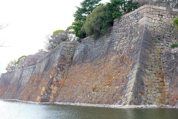 大坂城、本丸東面、石垣