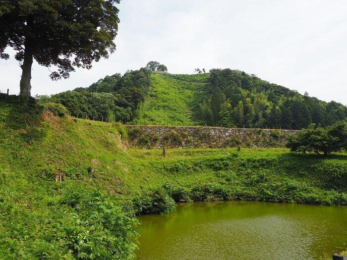 石垣、七曲り、月代、月山富田城
