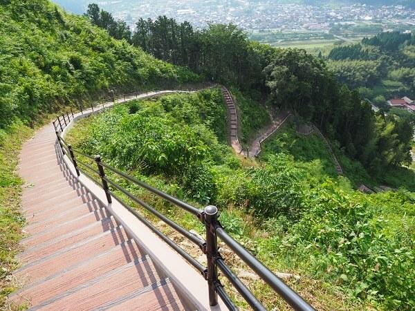 月山富田城、手すり、整備、登山道