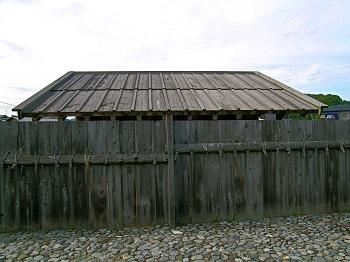 志太郡衙、復元、正門、板塀