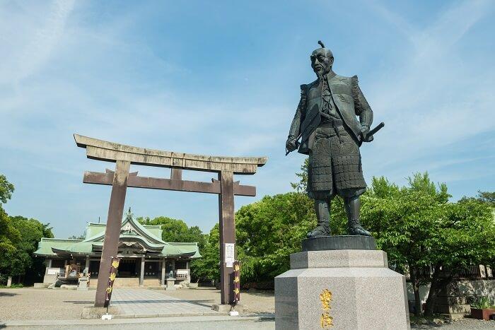 豊國神社、豊臣秀吉、銅像