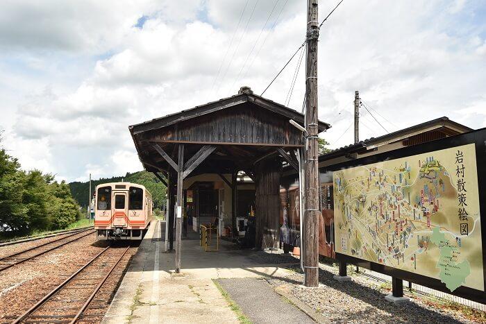 岩村城、岩村駅
