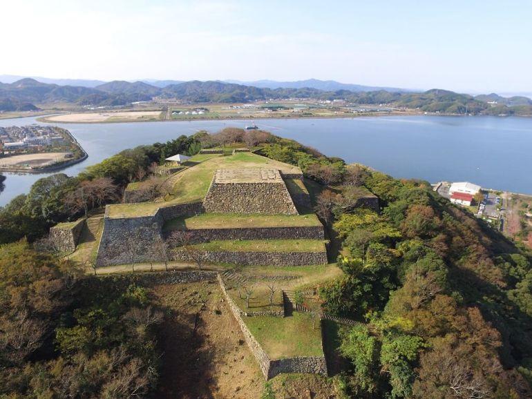 米子城、本丸、石垣、天守台