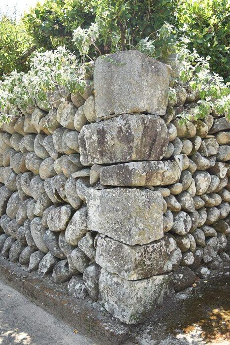 里武家屋敷跡、玉石垣、算木積