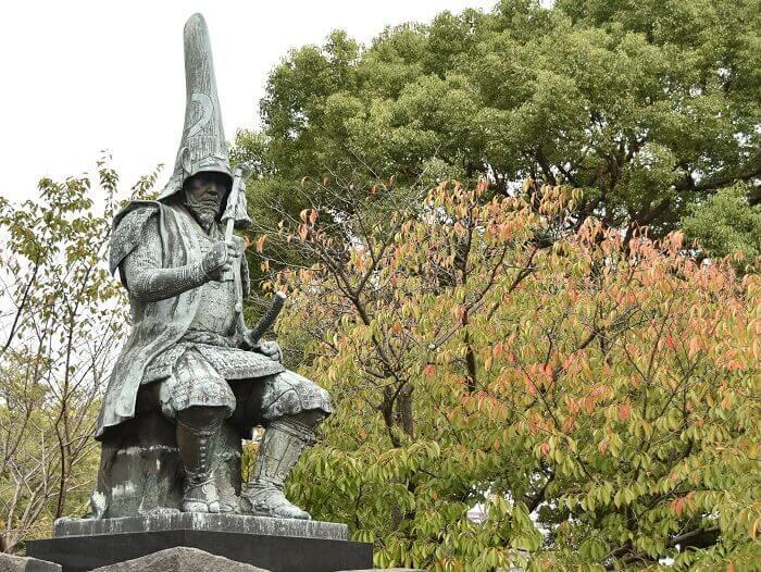 熊本城、坪井川、加藤清正公像