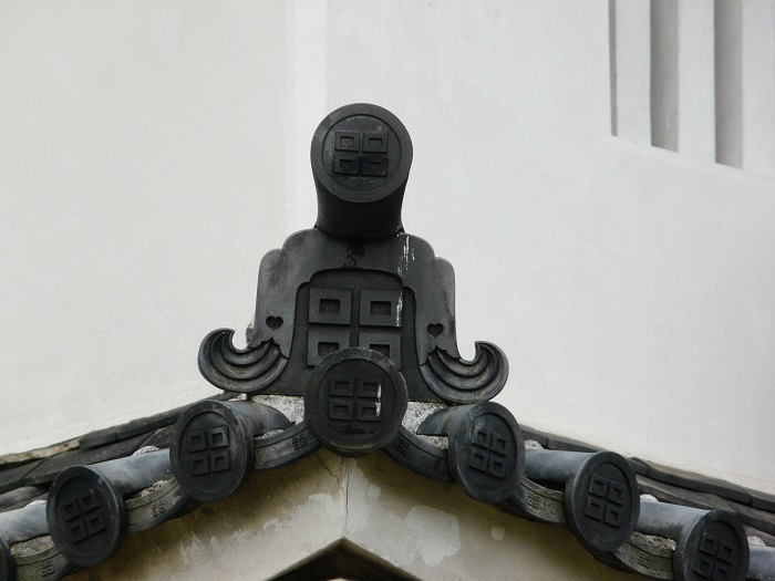 丸亀城、天守、瓦、京極氏、家紋、平四つ目結