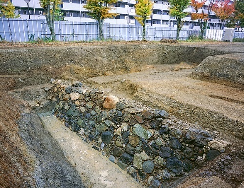 指月城の石垣
