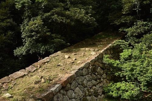 鳥取城、二の丸堅石垣、堅堀