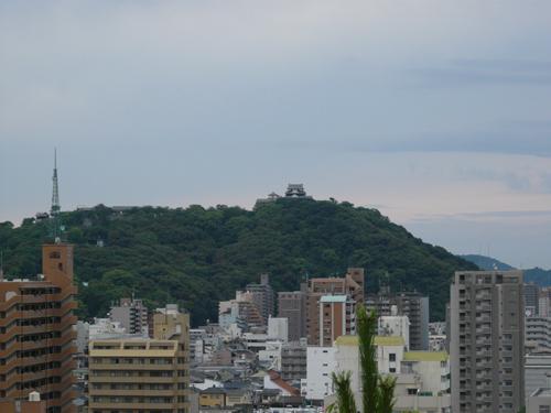 湯築城、松山城