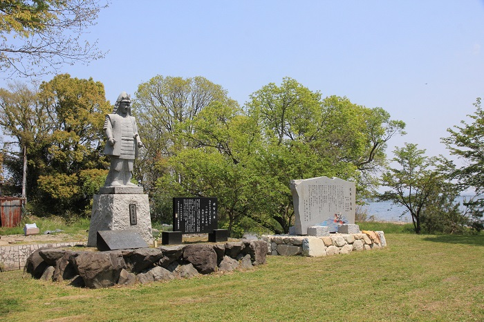 坂本城址公園、明智光秀、銅像