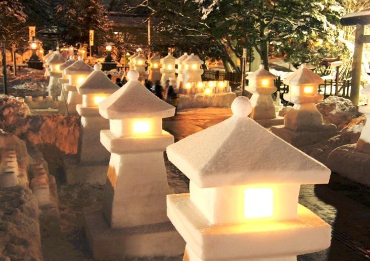 米沢城、上杉雪灯籠まつり
