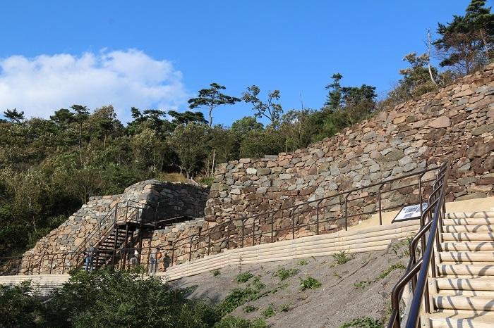 神籠石系山城、屋嶋城