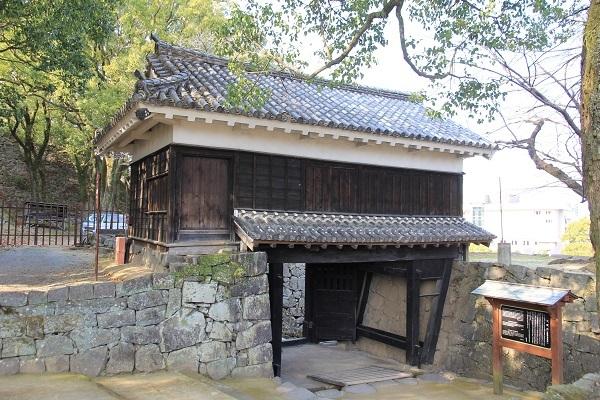 熊本城、不開門