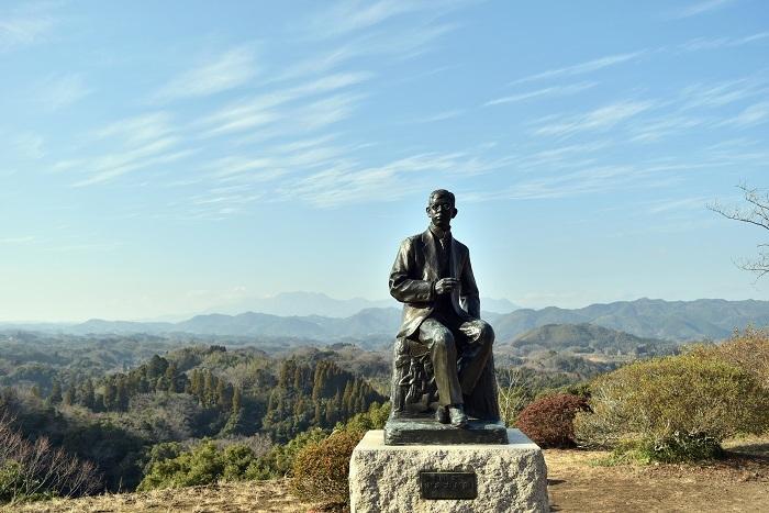 二の丸、瀧廉太郎像