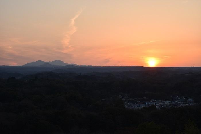 西の丸、阿蘇山、夕景