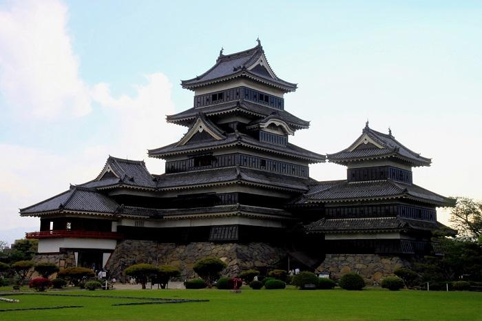 松本城、月見櫓、辰巳附櫓、大天守、渡櫓、乾小天守