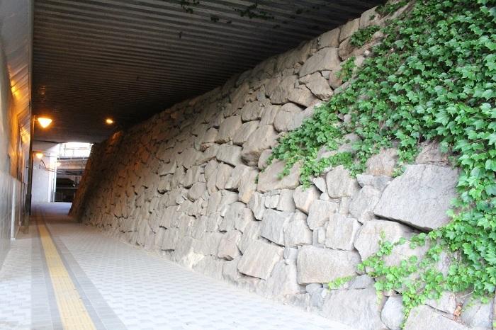 三原城、石垣