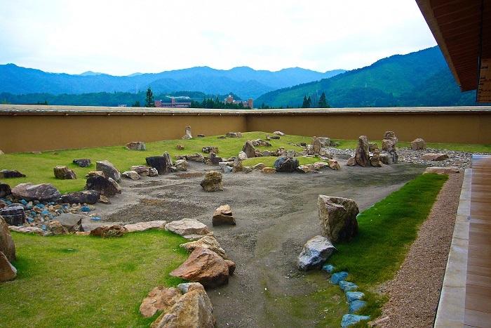 江馬氏下館、庭園跡